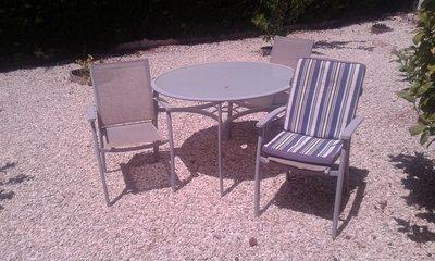 gardenchairs1 002.jpg